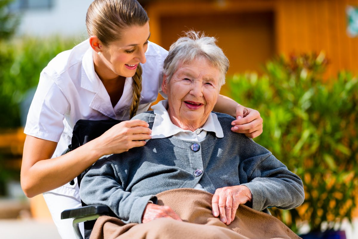 Witt Personalservice | Job als Altenpflegehelfer in Lübeck